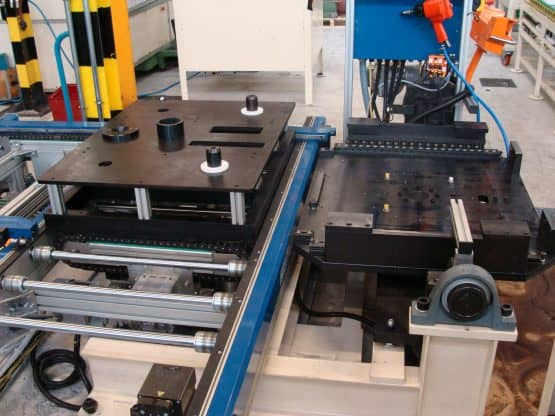 Accumulation roller conveyor